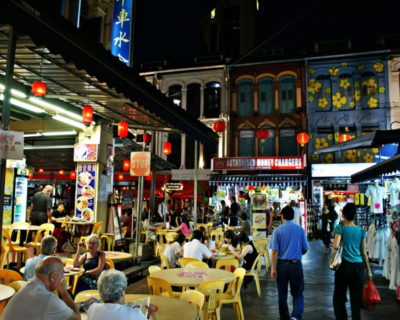 Head To A Hawker Food Market To Eat Something, 8 Things You Should Do Next Trip To Singapore