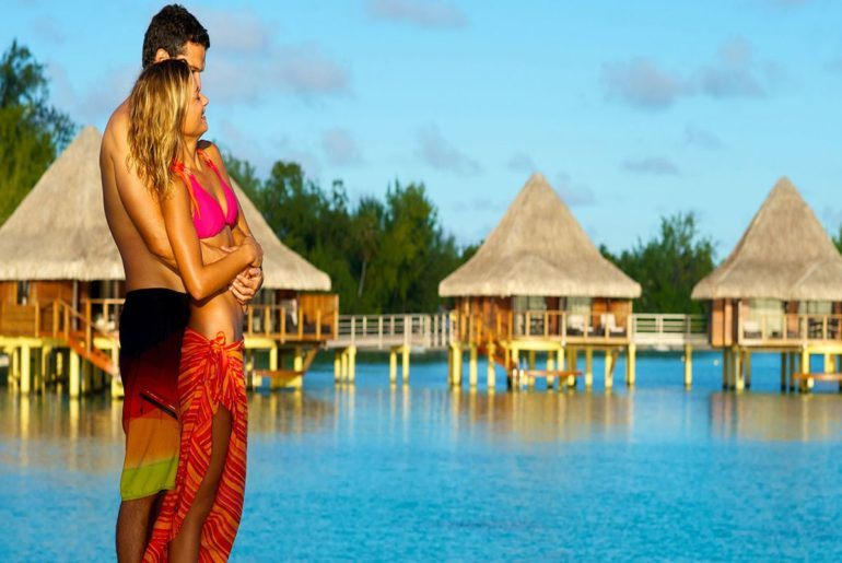 COVER-PHOTO-Holiday-Destinations-for-Couples