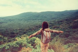 Staying healthy when you travel - Great tips for travelers !_COVER